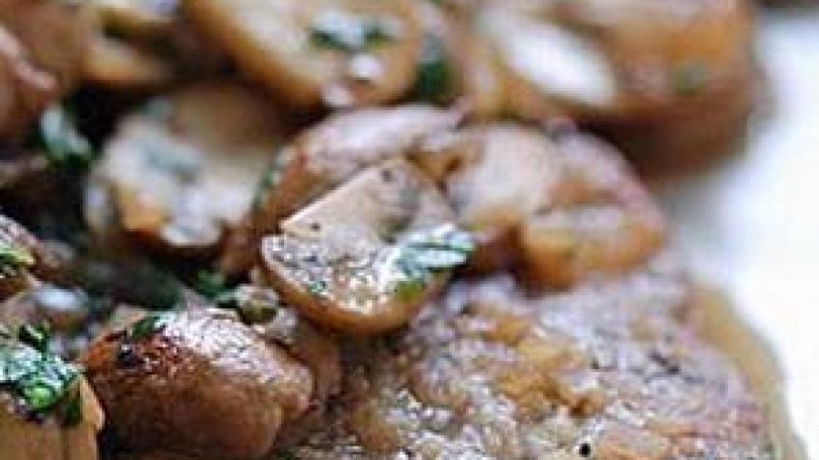 costolette-di-vitello-ai-funghi-e-tartufo-bianco