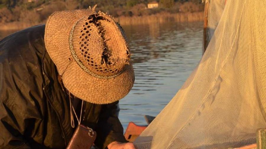 pescatore con rete